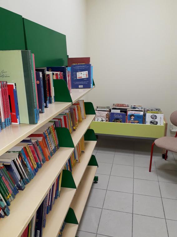 biblio couloir WEB