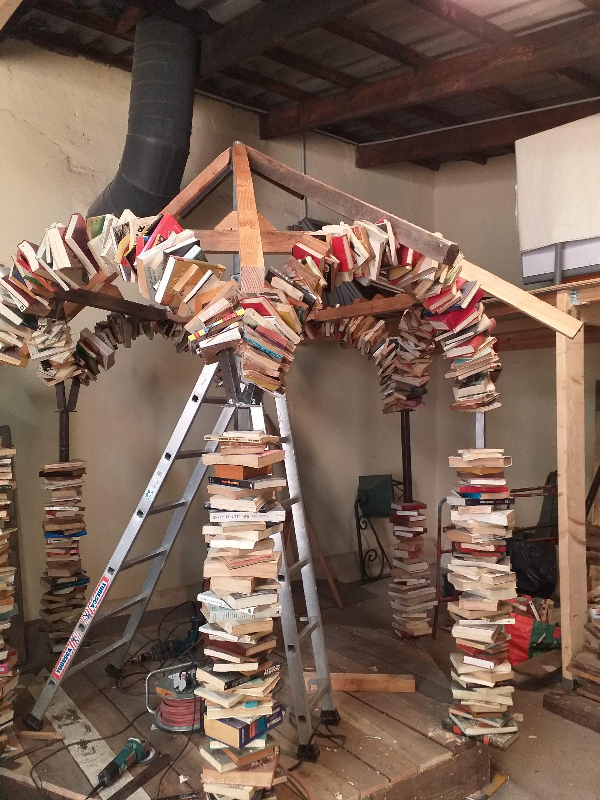 kiosque à livres